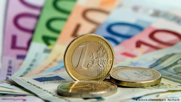 Photo #1 - Europe - Finance - 8720207eu